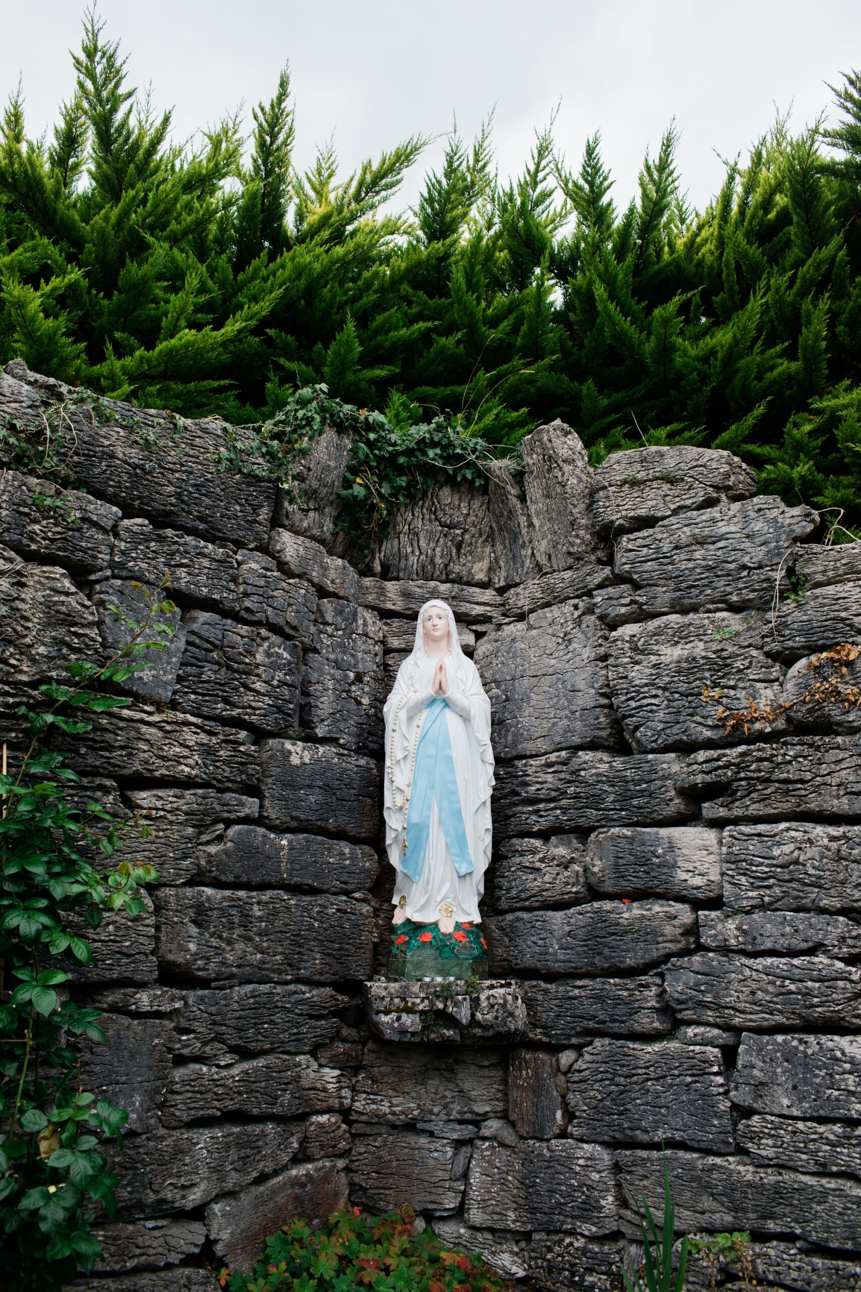 Catholic Leaders Say Pro-Choice Catholic Politicians Should Not Receive Communion